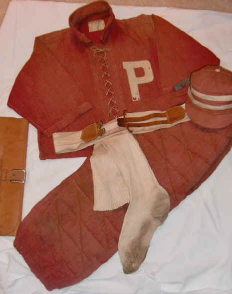 1- Red BB Uniform.jpg (68852 bytes)